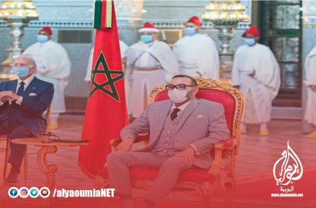 """الملك يترأس بفاس حفل إطلاق وتوقيع اتفاقيات تصنيع لقاح """"كوفيد-19"""" ولقاحات أخرى بالمغرب"""